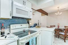 stove and microwave in our amelia island condo